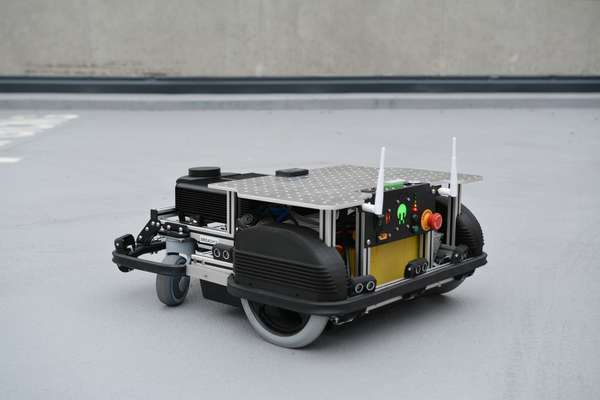 Back view - Mobile robotic platform BREACH